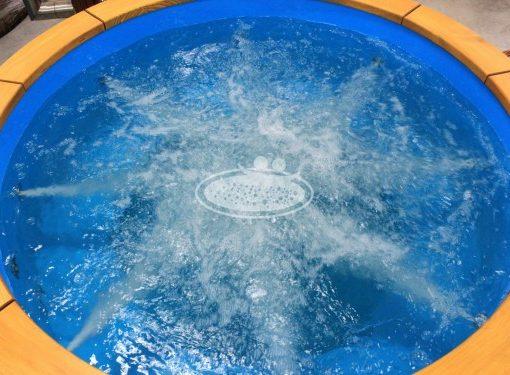 Hydromassasjens system med 10 dyser til badestampHydromassasjens system med 10 dyser til badestamp